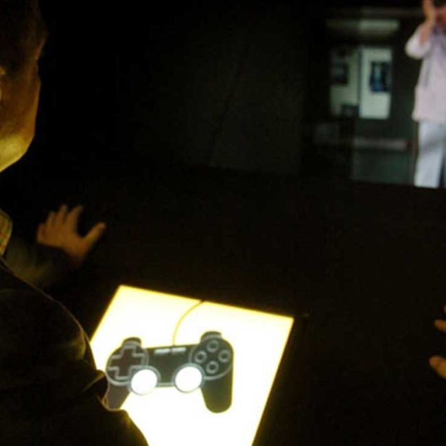 UNREAL / A 3D Holographic Game